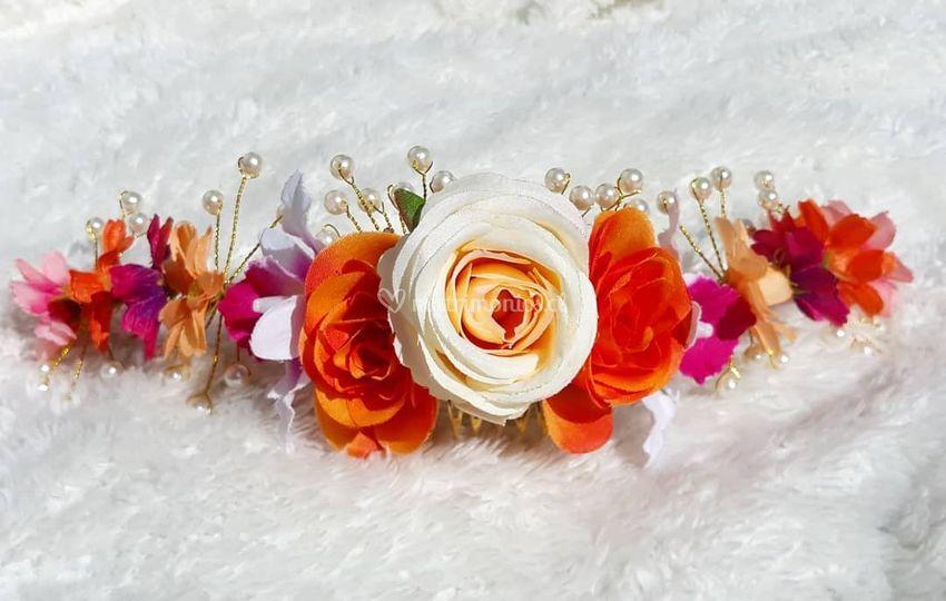 Medio tocado de flores
