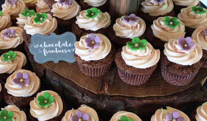 Cupcakes en torre natural