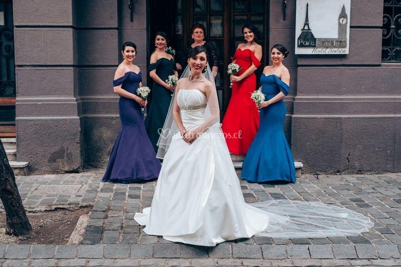 Novia y damas de honor