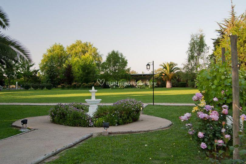 Extensos jardines