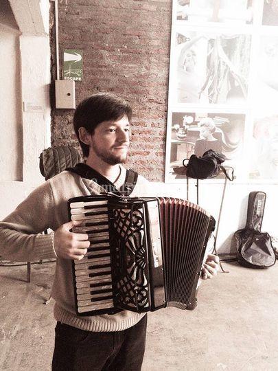 Pablo Téllez Acordeonista