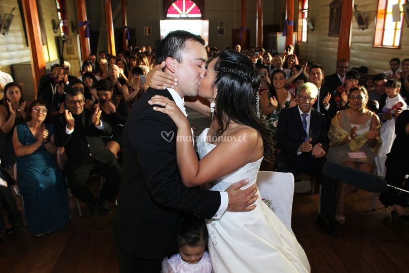 El beso de la ceremonia