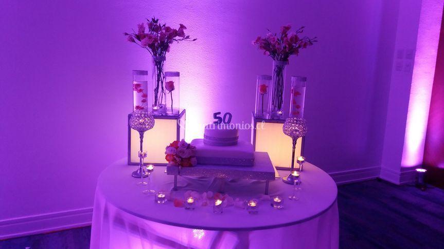 Mesa torta cumpleñaos