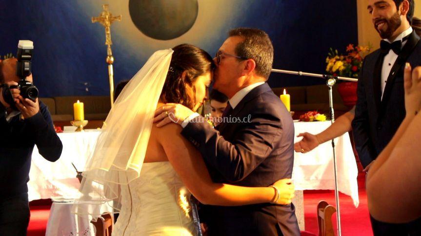 Papá entregando a la novia