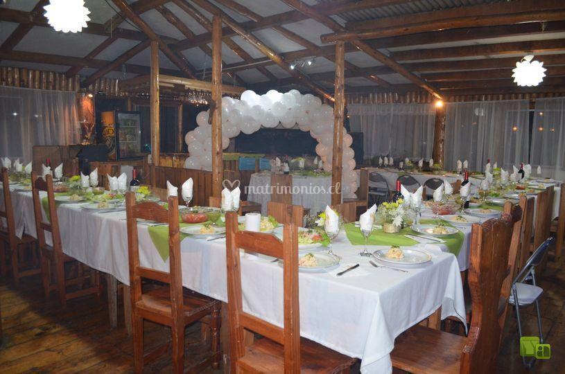 Fiesta y cena
