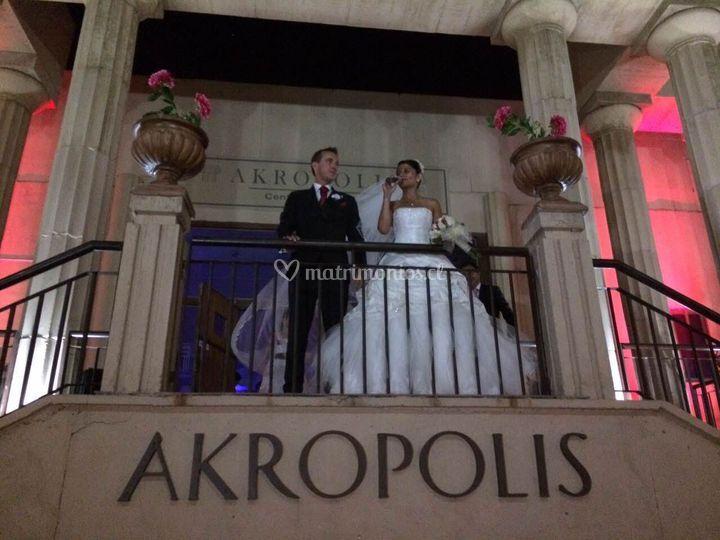 Matrimonios en Akropolis