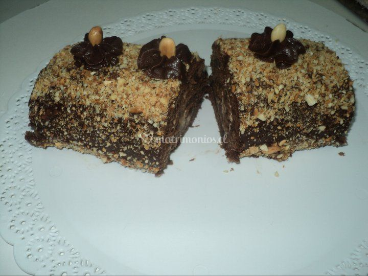 Rollito de chocolate y almendras