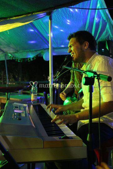 Fabian Alonso vocal