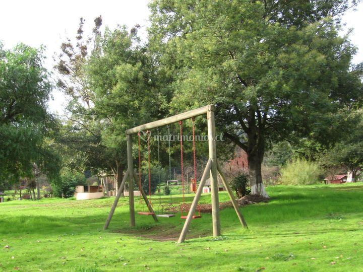 Áreas verdes y juegos