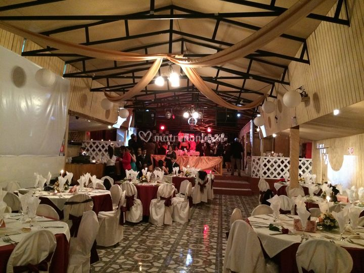 Salón de El Rancho Centro de Eventos