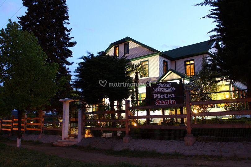 Hotel Pietra Santa