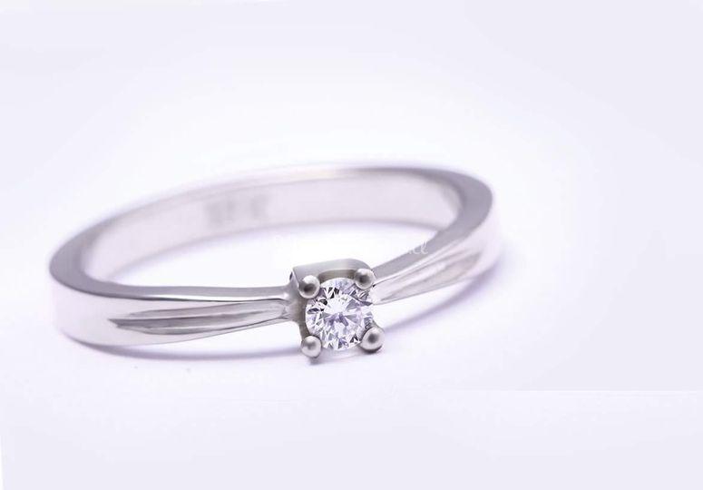 Compromiso diamante oro blanco