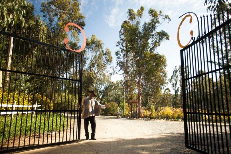 Portón de acceso