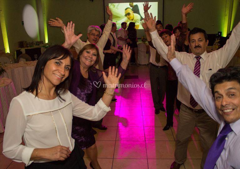 Bailando sin parar