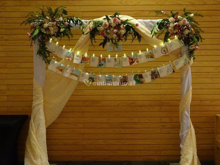 Arco con protocolo de mesas