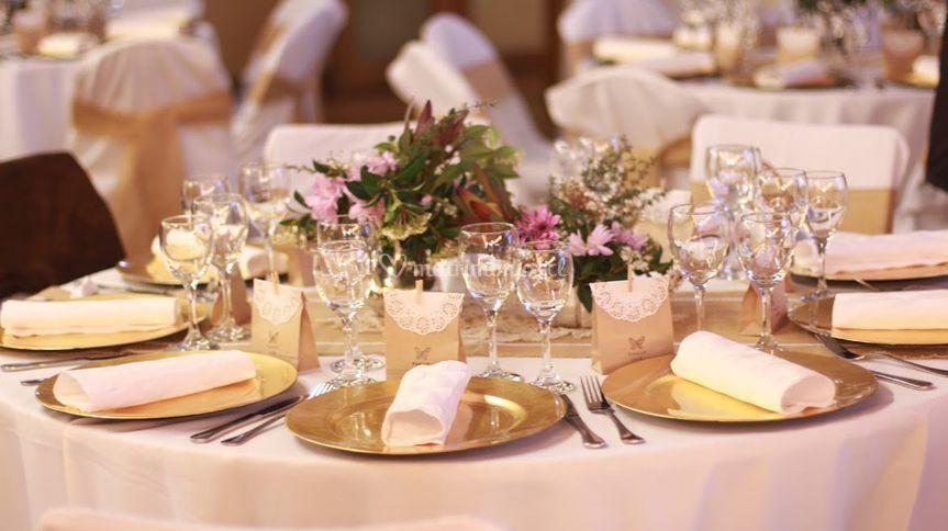 Decoración de mesa y recuerdos