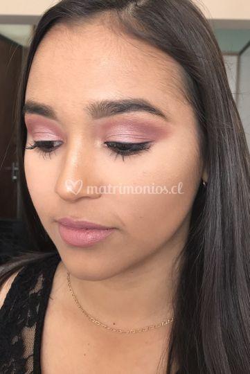 Maquillaje tonos burgundy