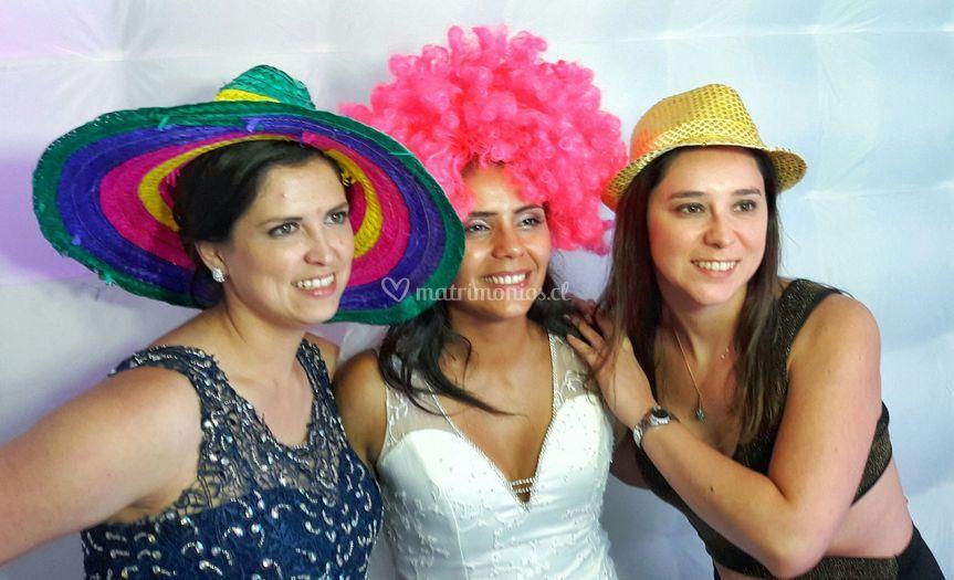 Amigas junta a la novia!