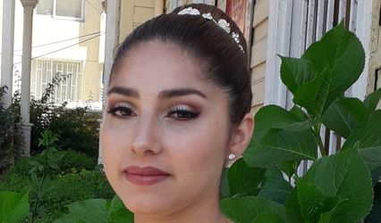 Jenny Davalos Makeup