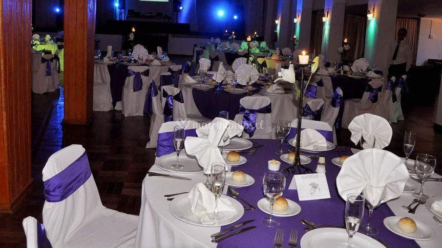 Banqueteria lila