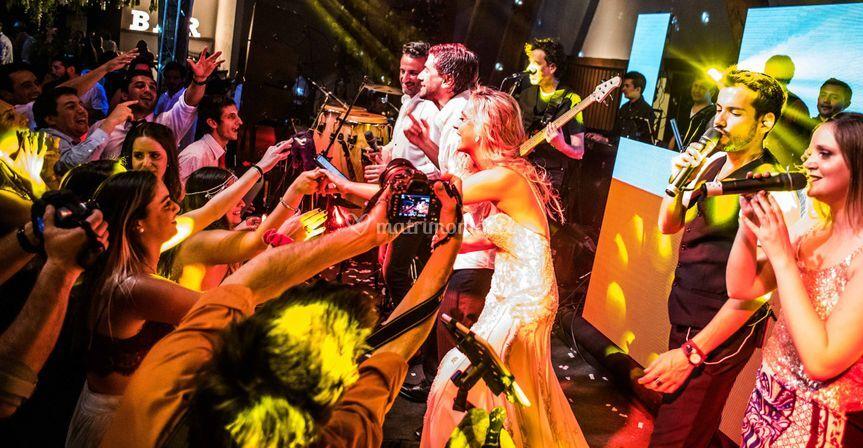 Los novios al escenario
