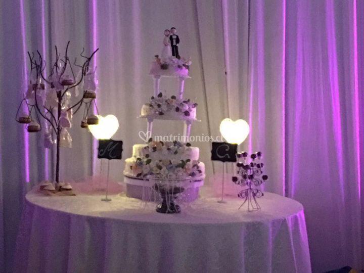 Torta 3 pisos pop cakes