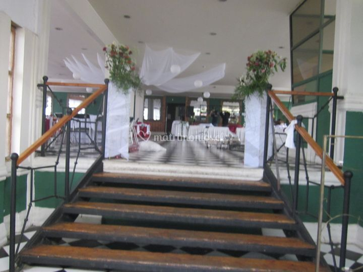 Escaleras de sal n de eventos aguayo foto 3 for Escaleras de salon