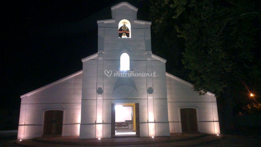 La capilla de noche