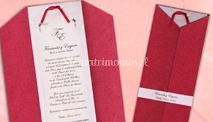 Invitacion con detalles rojos
