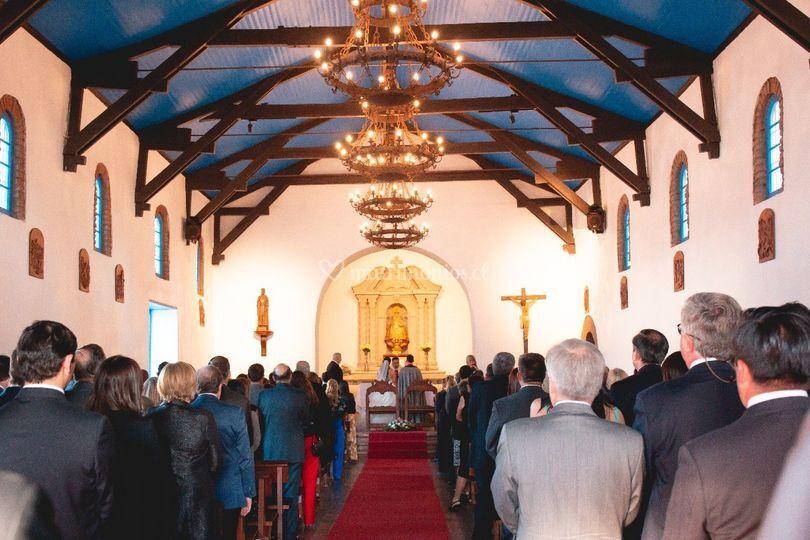 Interior iglesia (150 personas)