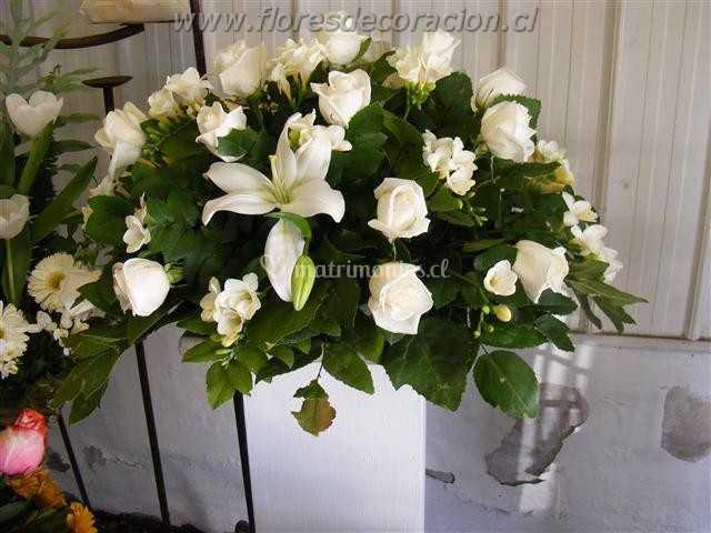 Arreglo Ovalado De Flores Decoración Foto 19