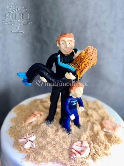 Figuras de azúcar surfistas