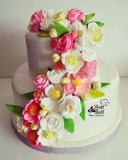 Torta novios cascada de flores