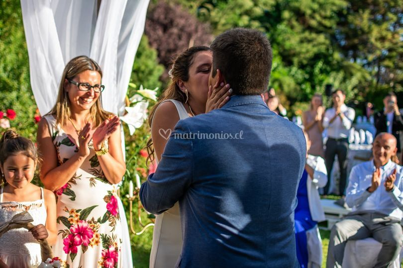 Primer beso como marido y muje