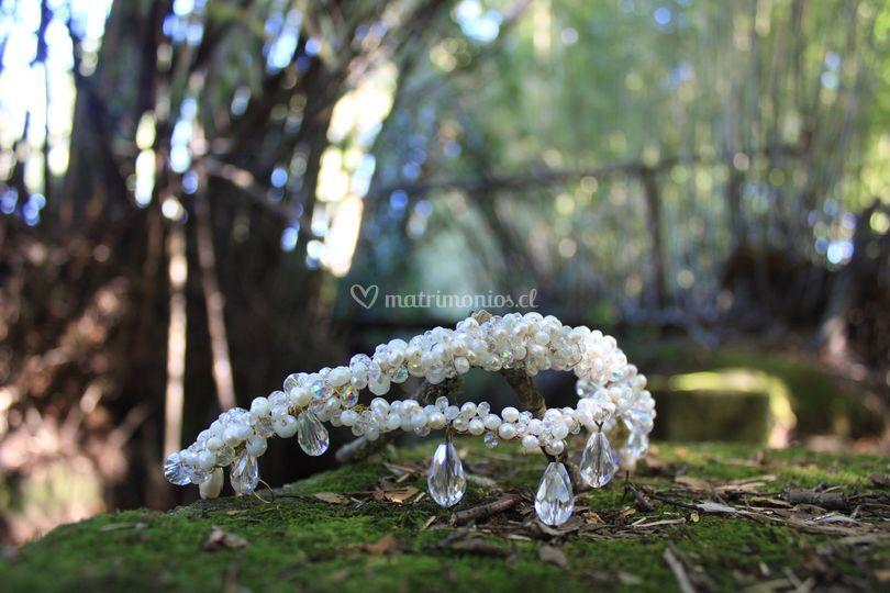 Media corona perlas de río
