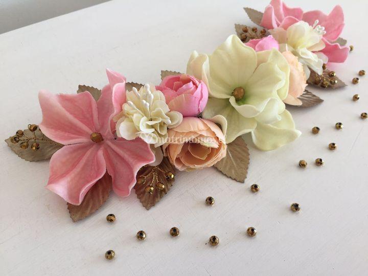 Media corona flores