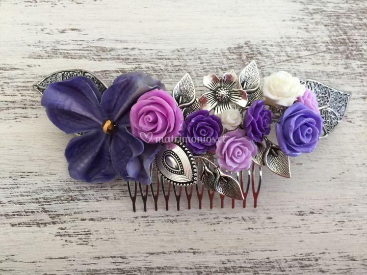 Peineta flores lila
