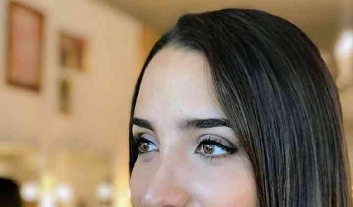 Glimmer Make Up