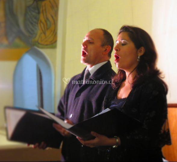 Coro Angeli músicos dúo