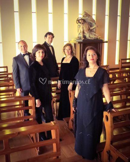 Coro Angeli músicos solistas