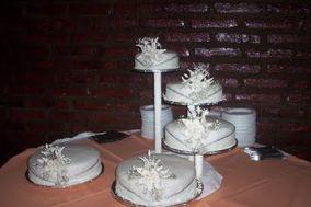 Tortas para bodas con pastillaje