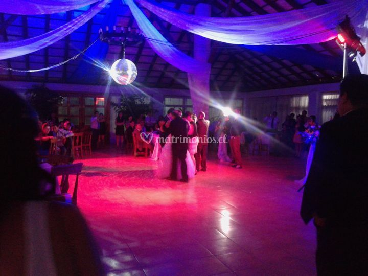 Salon en plena boda