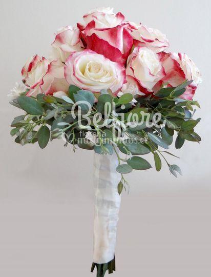 Ramo de novia en rosas
