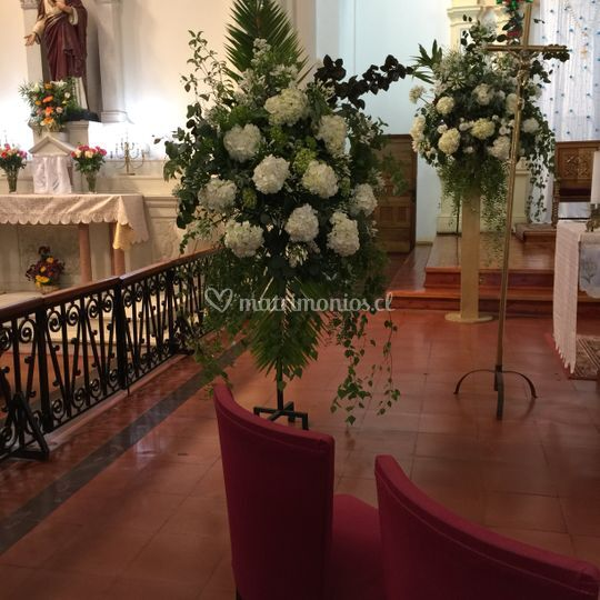 Atril hortensias y agapantos