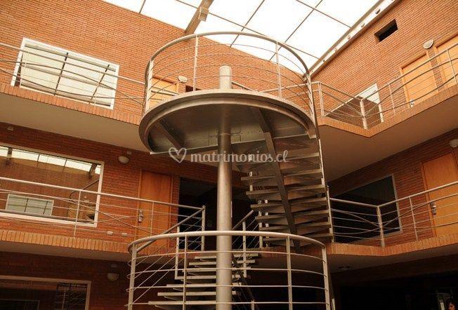 Escalera externa del hotel