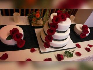 Elegante torta de boda
