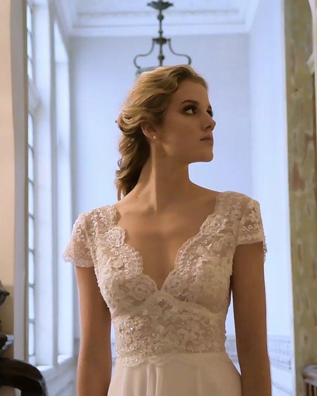 6e61ae724f Modelo Violeta - Avance de Temporada 2018 - Santo Encanto - Video -  Matrimonios.cl