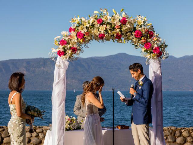 El matrimonio de Fernando y Natalia en Villarrica, Cautín 24