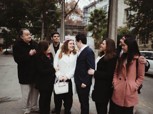 El matrimonio de Felipe y Isidora en Providencia, Santiago 5