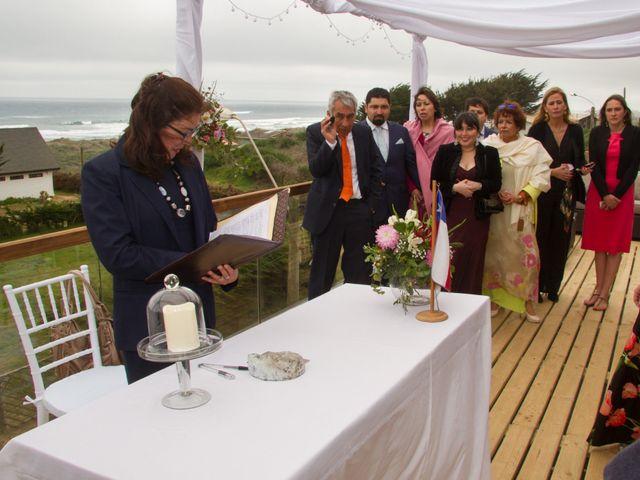 El matrimonio de Alberto y Loreto en Pichilemu, Cardenal Caro 10